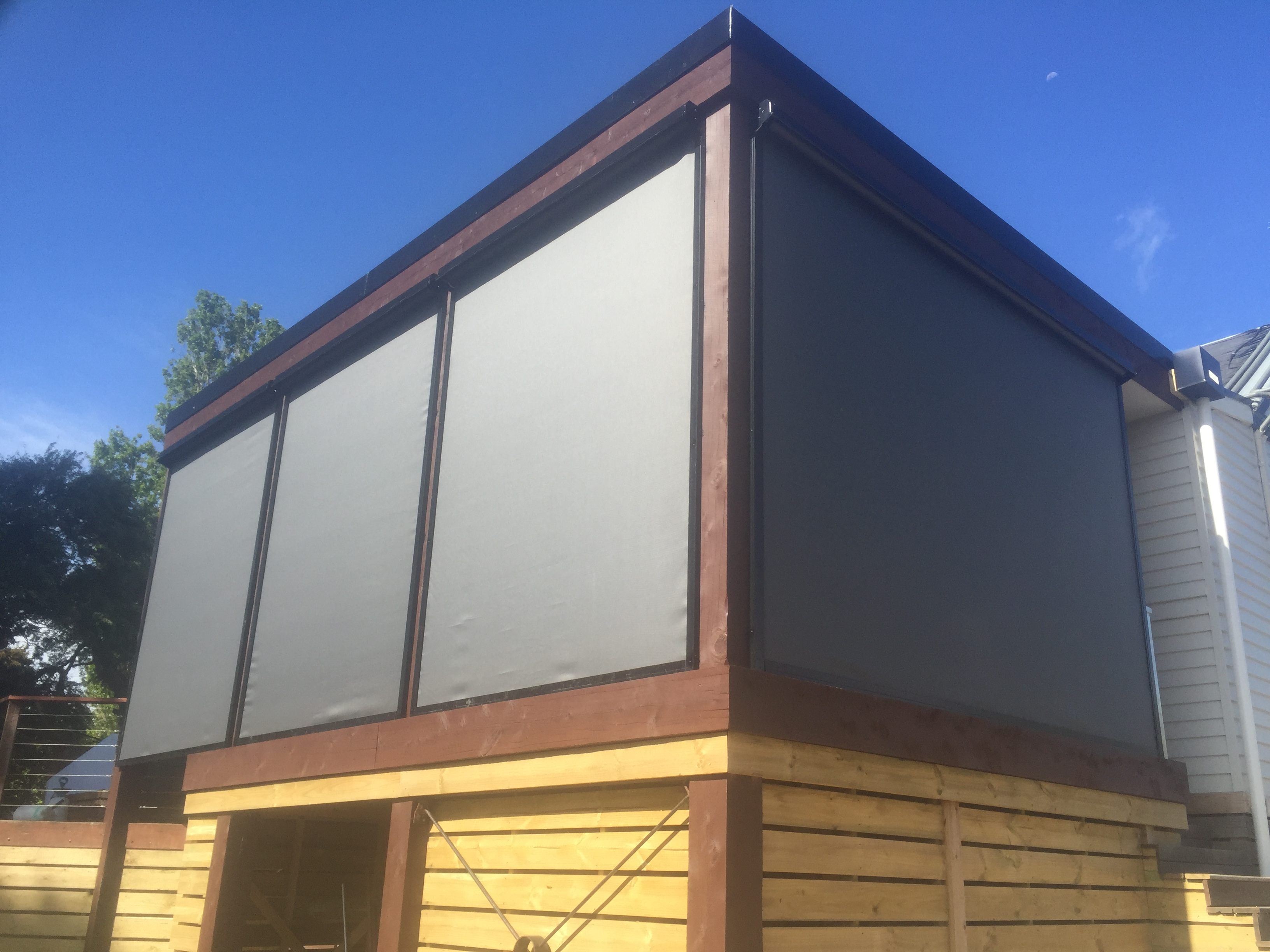 Motorised Zipscreen outdoor blinds