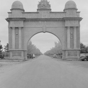 ballarat arch of victory