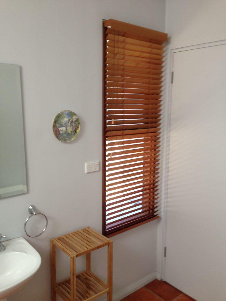 cendar venetian blinds bruny island