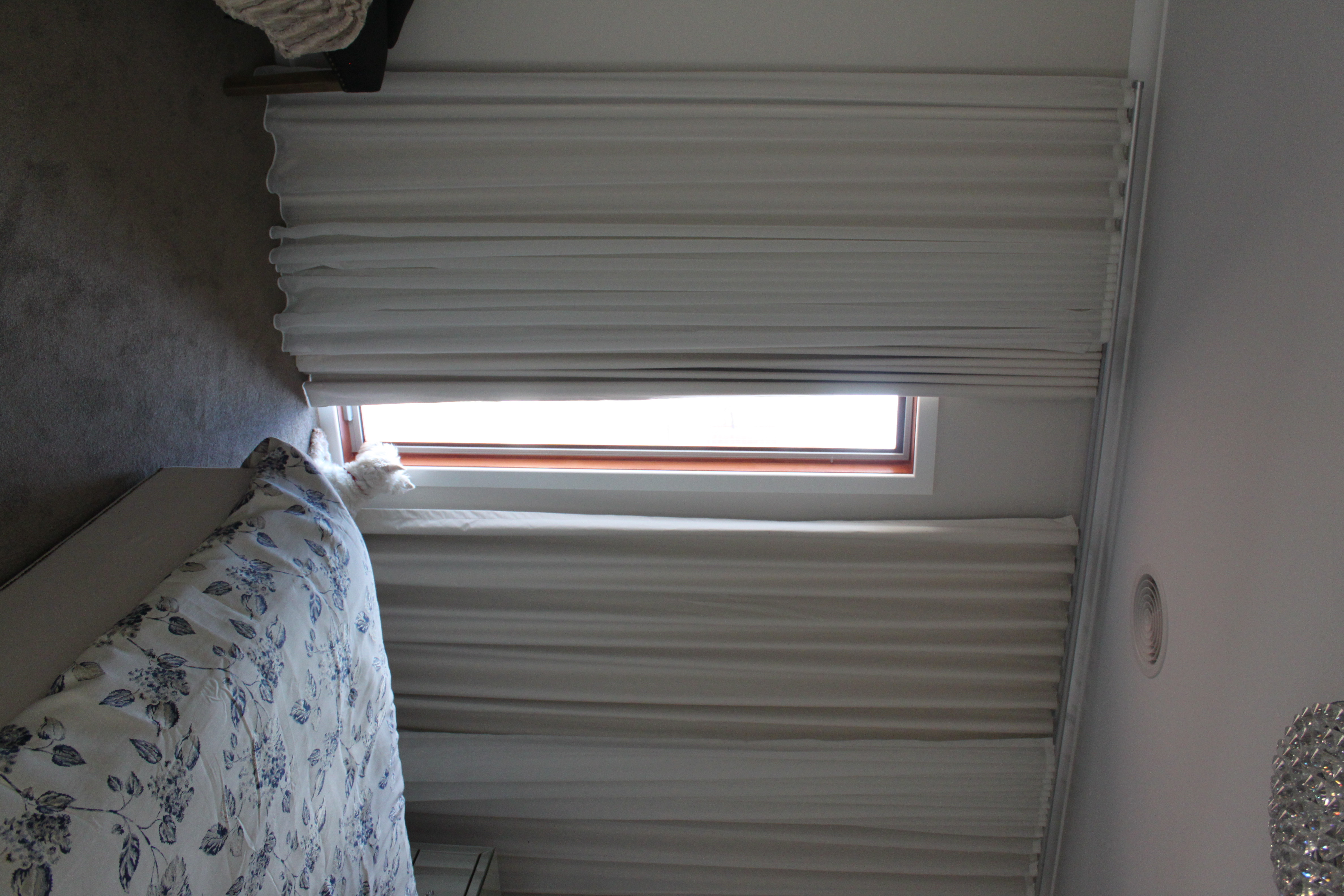 Curtains - Dual S-fold curtains