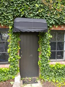 Dutch hood