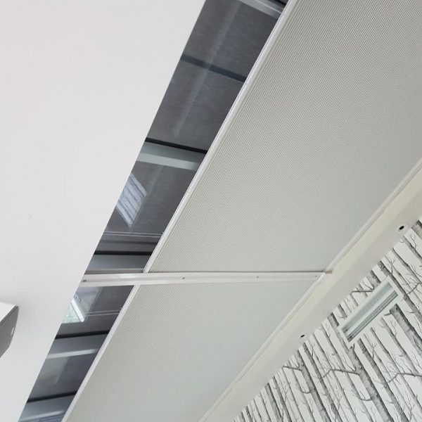 motorised skylight blind